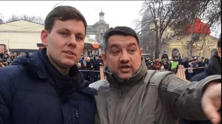Володимир Назаренко з однопартійцем Петром Кузиком